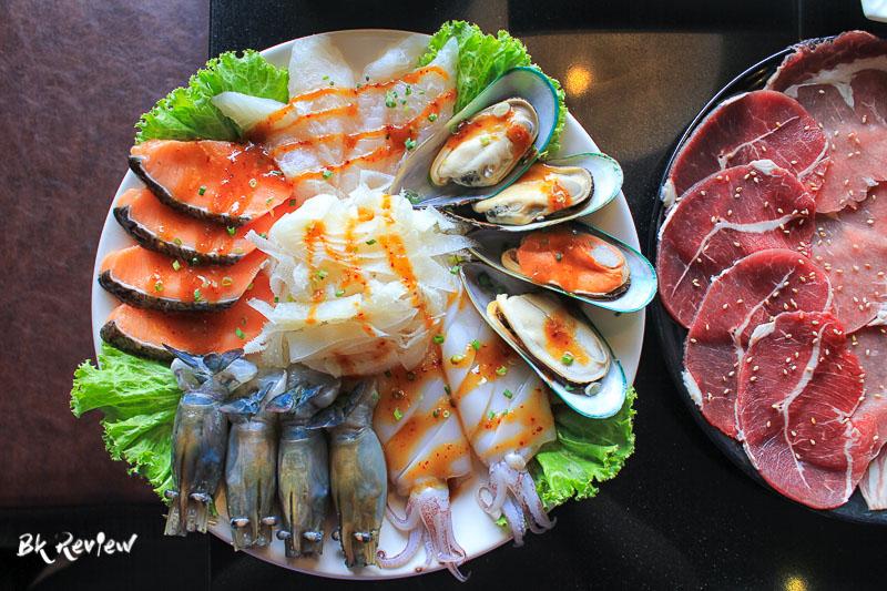 ซีฟู้ดและเนื้อ-Togyu Yakiniku (3 of 11)