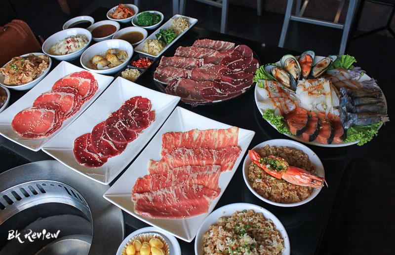 อาหารทั้งหมดและน้ำจิ้ม-Togyu Yakiniku (3 of 4)