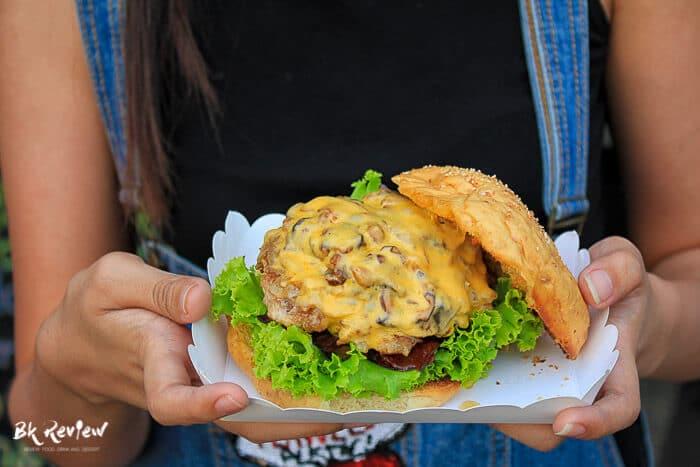 Mafia Burger - Food Truck Caravan (1 of 7)