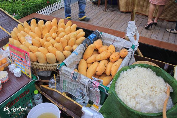 ข้าวเหนียวมะม่วง - Bangkok Varee (2 of 3)