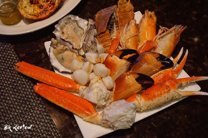 ซีฟู้ด ออนไอซ์ - Buffet Seafood Crowne Plaza Lumpini-11
