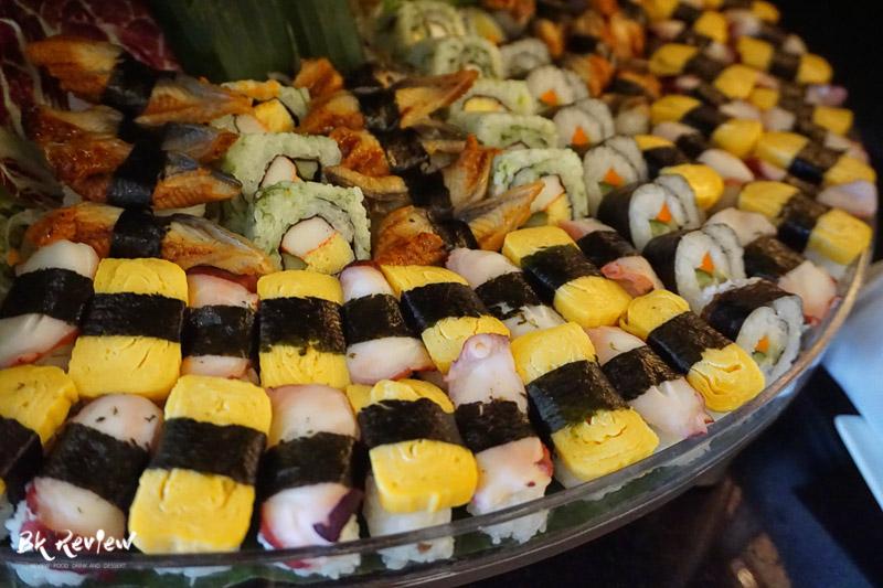 ซูชิ ซาชิมิ - Buffet Seafood Crowne Plaza Lumpini-5