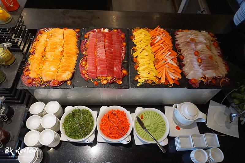 ซูชิ ซาชิมิ - Buffet Seafood Crowne Plaza Lumpini