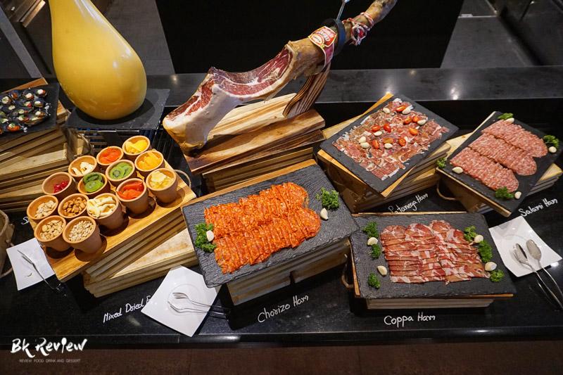 อาหารนานาชาติ - Buffet Seafood Crowne Plaza Lumpini-12