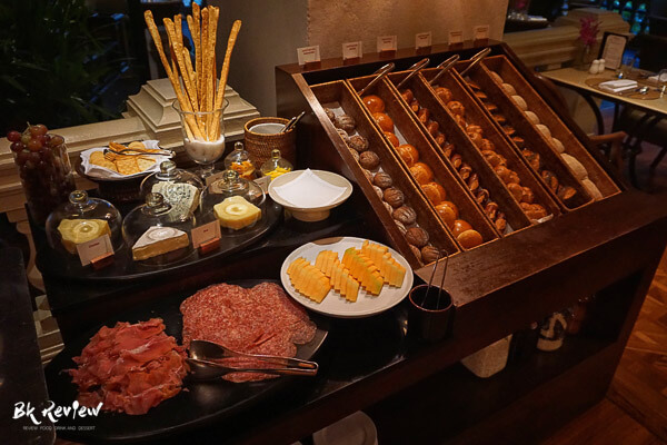 erawan grand hyatt buffet (26 of 65)