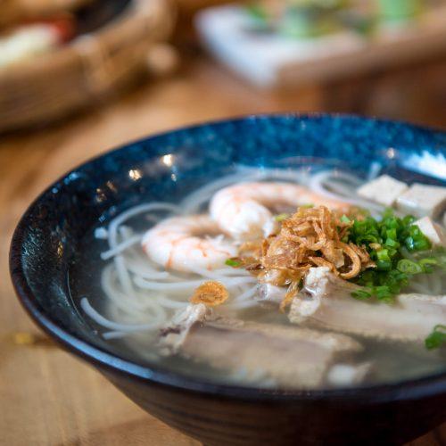 ก๋วยจั๊บญวนกุ้ง Vietnamese Noodle With Shrimp And Pork Spare Ribs ราคา 180