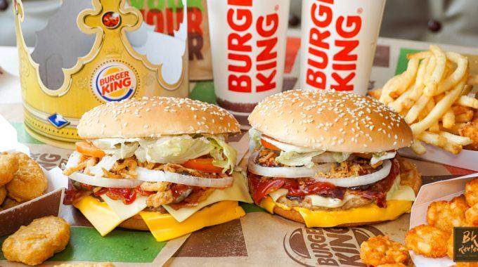 เบอร์เกอร์เนื้อออสเตรเลีย จัดเต็มชีส 4 แผ่น!! พร้อมโปรลด 50% @Burger King